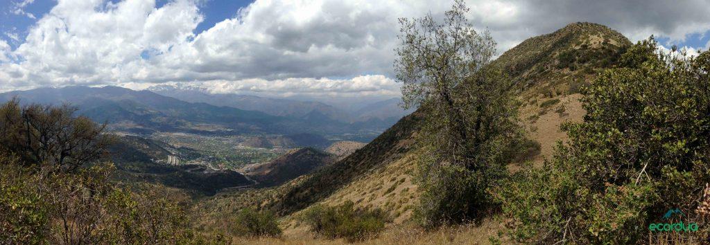 Cerro Manquehue – Half-day hike to Santiago-Chile iconic peak.